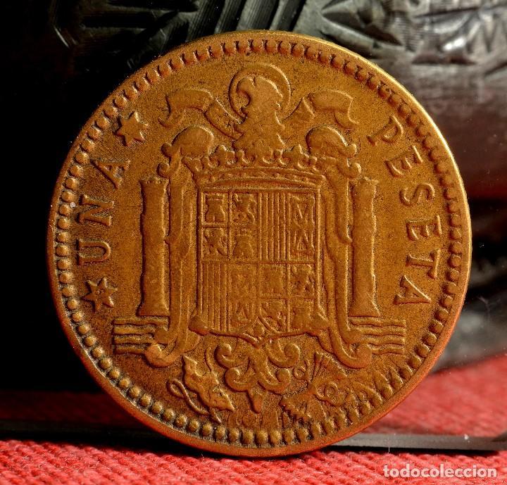 Monedas con errores: ERRORES EN UNA PESETA DE 1963*66 (REF. 472) - Foto 5 - 109683039