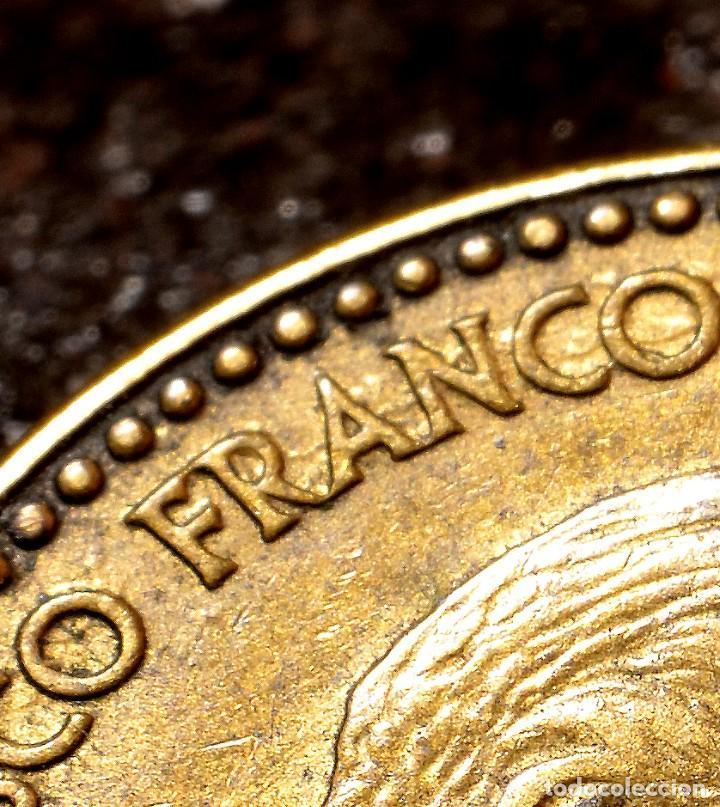 Monedas con errores: NUEVE ERRORES EN UNA PESETA DE 1963 *65 (REF. 476) - Foto 2 - 110077819