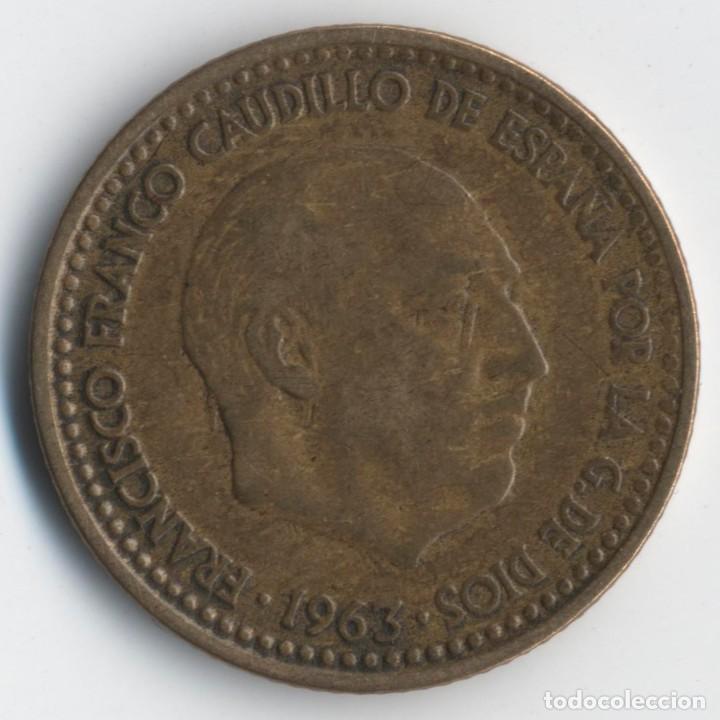 Monedas con errores: ESTADO ESPAÑOL- FRANCO - 1 PESETA 1963*19*65- 3,52 GRMS. INCUSA DETALLES DEL REVERSO EN ANVERSO - Foto 2 - 110217163