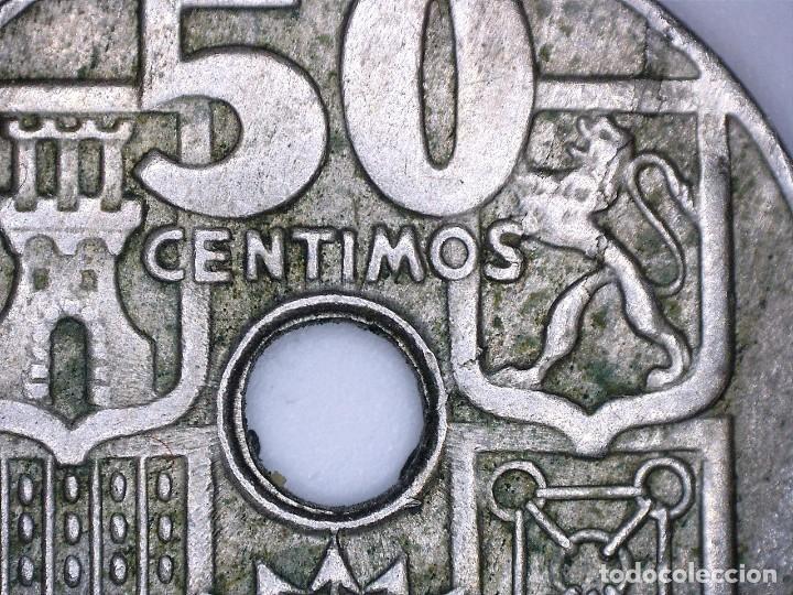 Monedas con errores: ESPAÑA ESTADO ESPAÑOL-FRANCO 50 CÉNTIMOS 1949*52. MÚLTIPLES ERRORES. - Foto 5 - 110910255