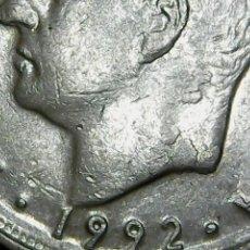Monedas con errores: * ERROR * 10 PTAS 1992 . EXCESO DE METAL CUELLO Y OREJA. Lote 111872207