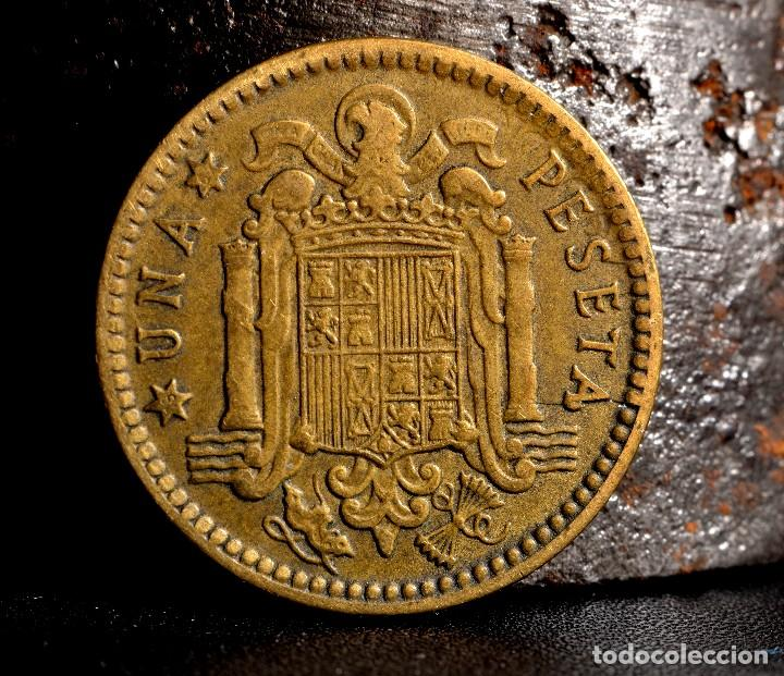 Monedas con errores: ERRORES DIVERSOS EN PESETA 1963 *67 (REF. 520) - Foto 3 - 112037775