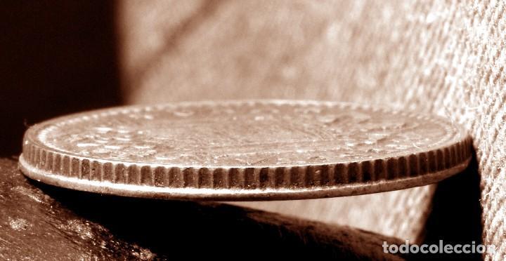 GRAN ACUMULACIÓN DE ERRORES EN PESETA DE 1966 *67 (REF. 573) (Numismática - España Modernas y Contemporáneas - Variedades y Errores)