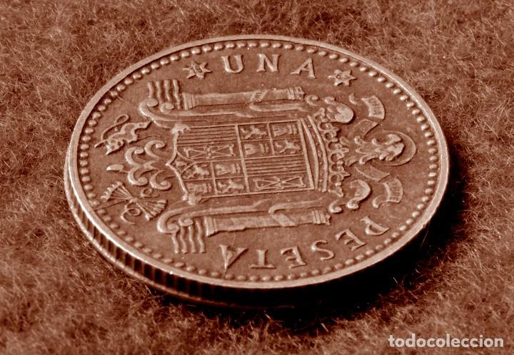 Monedas con errores: GRAN ACUMULACIÓN DE ERRORES EN PESETA DE 1966 *67 (REF. 573) - Foto 4 - 115286347