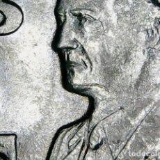 Monnaies avec erreurs: * ERROR * 50 PESETAS AÑO 1999 BANDA DE MATERIAL EN LA BARBILLA SC. Lote 116337335