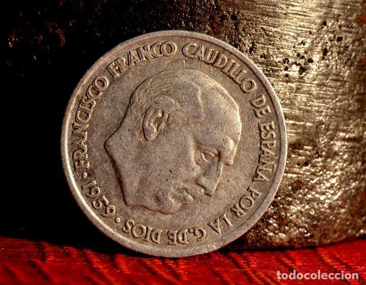 Monedas con errores: 10 CÉNTIMOS DE 1959: NOTABLE REMARCACIÓN DE LAS LEYENDAS DEL ANVERSO (REF. 642) - Foto 2 - 126513319