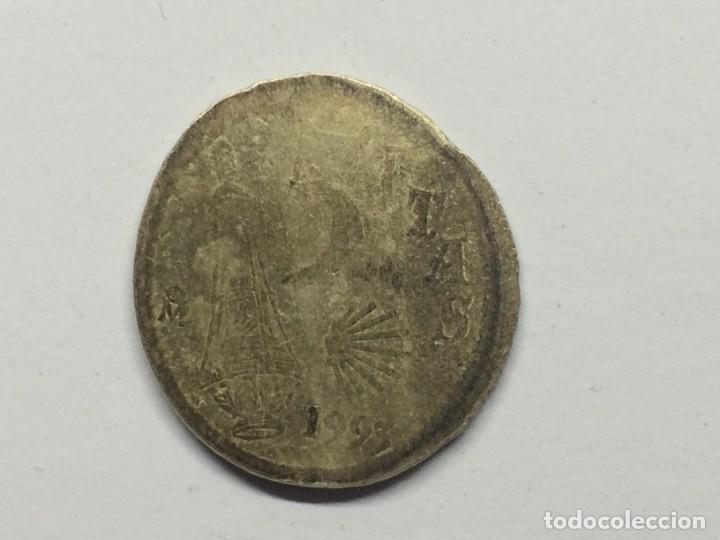 Monedas con errores: ESPAÑA JUAN CARLOS I - 5 PESETAS -1993- ERROR/MANIPULACIÓN?? - Foto 4 - 136822158