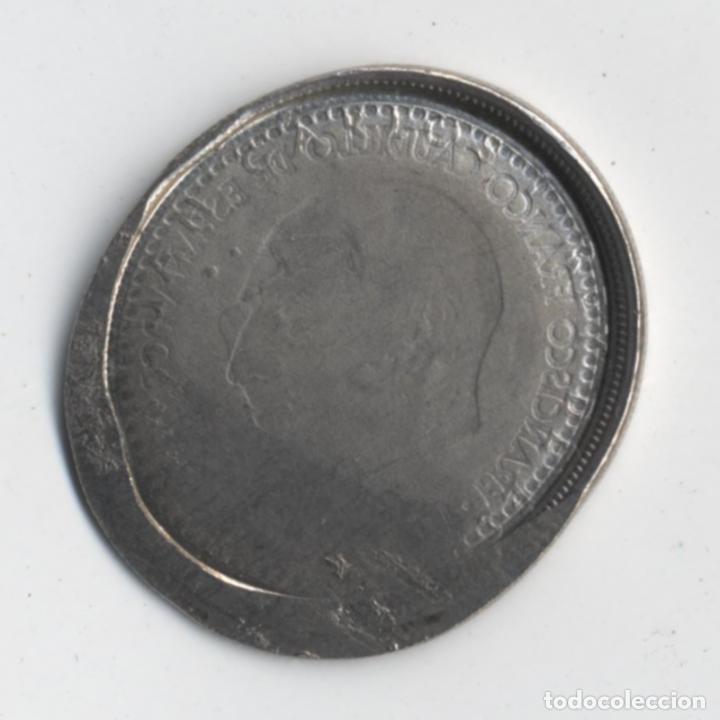 Monedas con errores: ESPAÑA ESTADO ESPAÑOL&JUAN CARLOS I - 5 PESETAS -ERROR/MANIPULACIÓN- - Foto 2 - 136822762