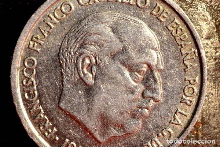 DIEZ CÉNTIMOS DE 1959: CURIOSO ERROR POR REMARCACIÓN DE FRENTE Y NARIZ DE  FRANCO (REF  666)