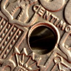Monedas con errores: 50 CÉNTIMOS 1949*62 : ZONAS DE DOBLE LISTEL, TALADRO IRREGULAR (REF. 668). Lote 144013778