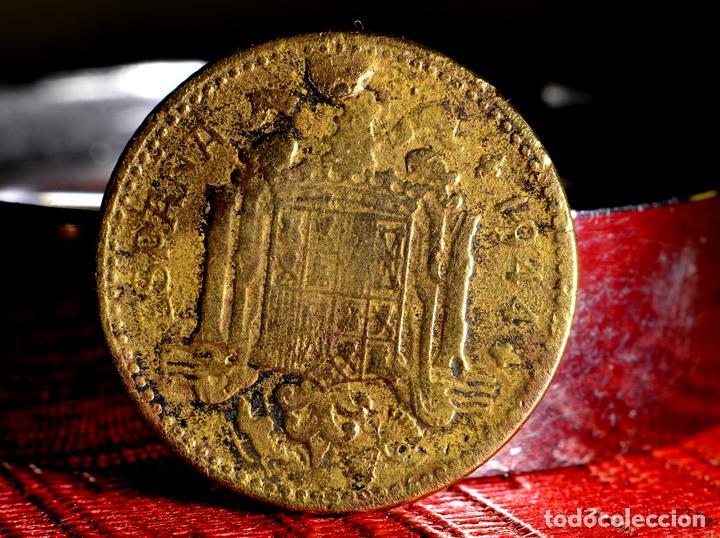 Monedas con errores: NOTABLES ERRORES EN PESETA CIRCULADA DE 1944 (REF. 690) - Foto 5 - 151637814