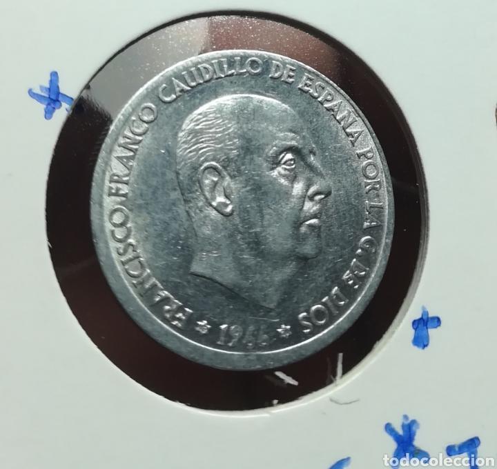 50 CÉNTIMOS 1966 error descentrada