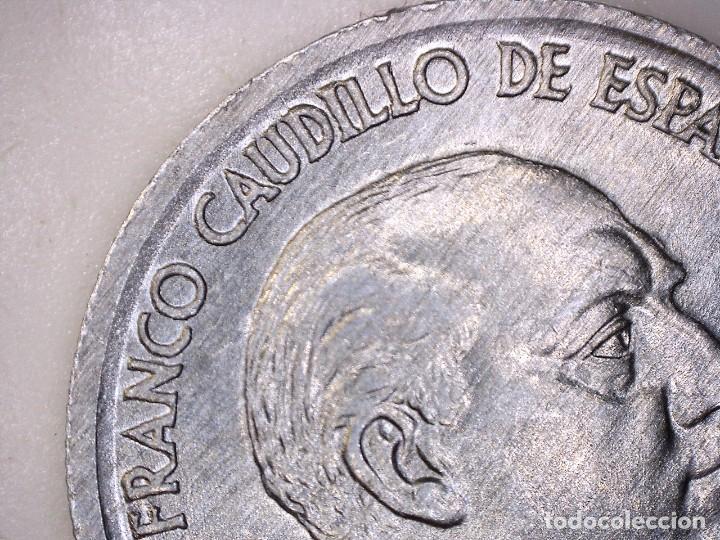Monedas con errores: ESTADO ESPAÑOL. 10 céntimos. 1959. Madrid. Reverso girado 170º casi 180º. + Exceso de metal 0,76g. S - Foto 7 - 189578005