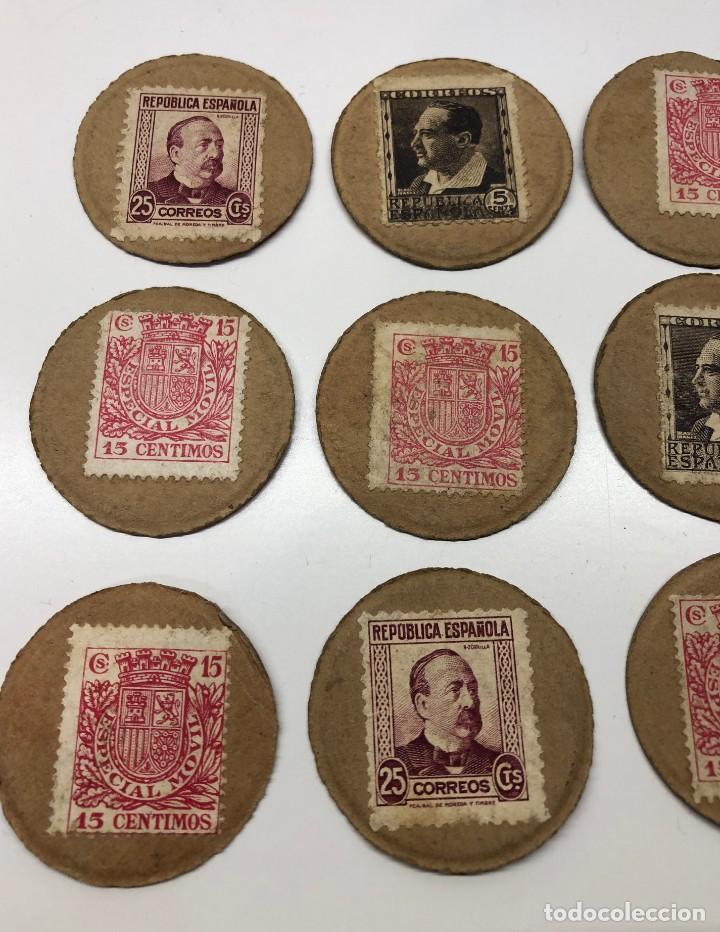 Monedas con errores: Lote 15 Fichas Cartón moneda República con sellos distintos valores - Foto 2 - 194222188