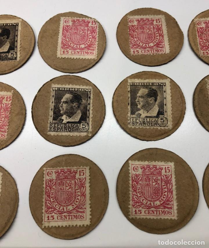 Monedas con errores: Lote 15 Fichas Cartón moneda República con sellos distintos valores - Foto 3 - 194222188