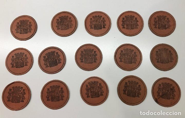 Monedas con errores: Lote 15 Fichas Cartón moneda República con sellos distintos valores - Foto 5 - 194222188