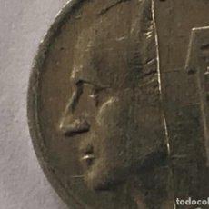 Monedas con errores: 1 PESETA 2001 LABIO PARTIDO MUY ESCASA. Lote 195691455
