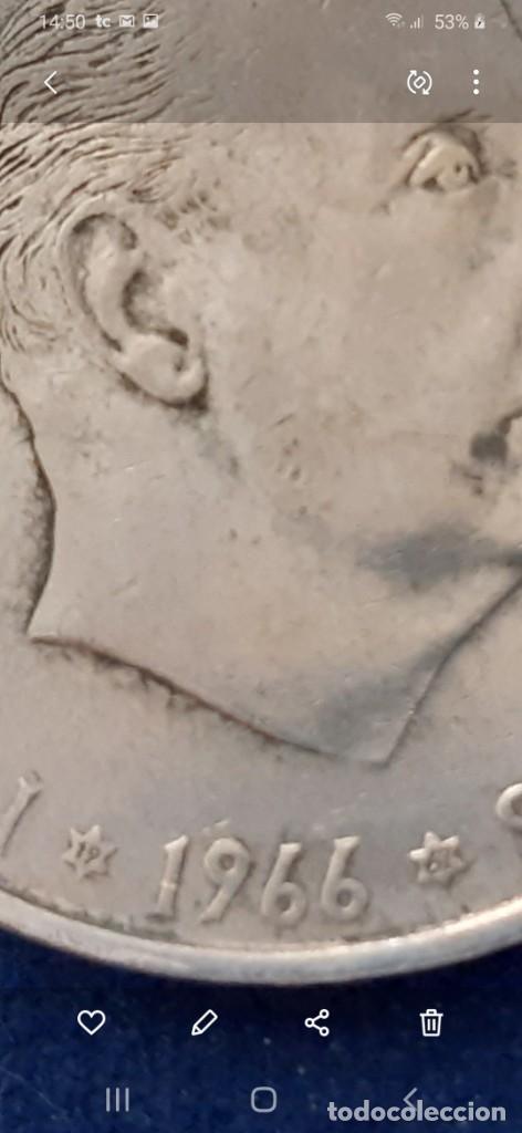 Monedas con errores: LOTE 2 MONEDA PLATA 100 PESETAS FRANCO 1966 19 67 ERROR DIFERENCIA PALO RECTO CURVO. IMPORTANTE LEER - Foto 3 - 204532388