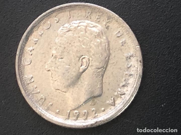 10 PESETAS 1992 (Numismática - España Modernas y Contemporáneas - Variedades y Errores)