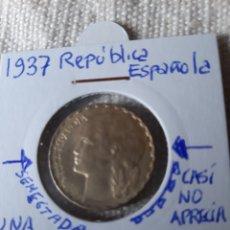 Monedas con errores: 1937 UNA PESETA PEQUEÑA SEGMENTACIÓN Y BIDÉ CASTILLO ES MÍNIMO REPÚBLICA ESPAÑOLA UNA PESETA. Lote 209076946