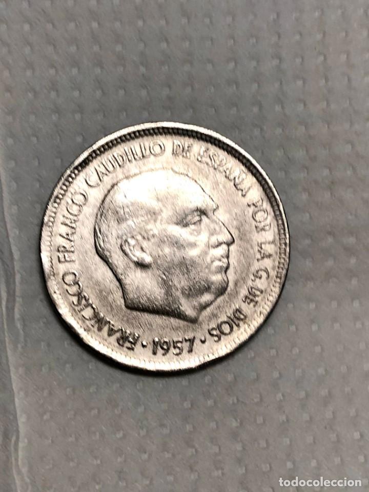Monedas con errores: 5 PTS 1957 con ERROR en reverso Letras junto a la estrella - Foto 2 - 215174316