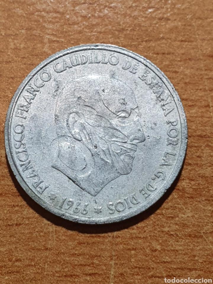 Monedas con errores: Moneda 50 centimos 1966 con error de impresion - Foto 2 - 235436030