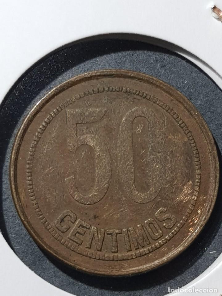 50 CÉNTIMOS 1937 II REPÚBLICA VARIANTE 'ORLAS CUADRADAS' (Numismática - España Modernas y Contemporáneas - Variedades y Errores)