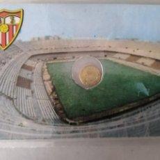 Monedas con errores: RARA TARJETA MEDALLITA MUNDIAL ESPAÑA 82 FC SEVILLA. Lote 259332180