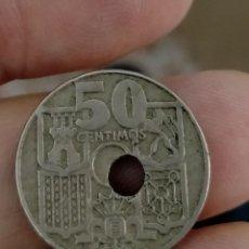Monedas con errores: ERROR ESPECTACULAR 50 CENTIMOS 1949 - TALADRO MUY DESPLAZADO. Lote 263041205