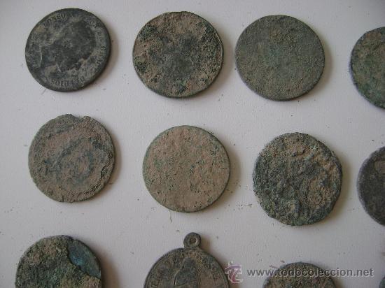 Monedas de España: LOTE DE CINCUENTA Y TRES MONEDAS,MEDALLAS Y PIEZAS DE PONDERAL - Foto 3 - 25871577