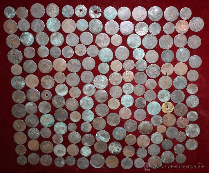 LOTE DE 170 MONEDAS CHAVOS, VARIEDAD, MIREN FOTOGRAFÍAS.. VARIAS ÉPOCAS... (Numismática - España Modernas y Contemporáneas - Colecciones y Lotes de conjunto)