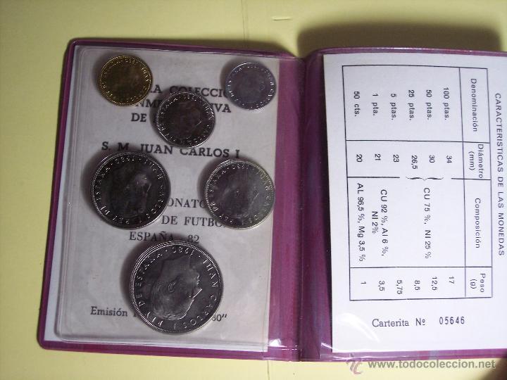 Monedas de España: CARTERITA (IV SEMANA NACIONAL DE NUMISMATICA (1ª COLECC. CONMEM. DE S.M. J. CARLOS I (ESPAÑA'82 *80) - Foto 3 - 53815788