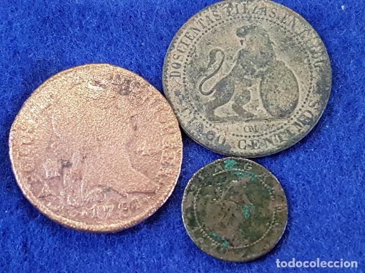LOTE DE 3 PIEZAS: 8 MARAVEDIS, CARLOS III, 1781 SEGOVIA - 1 Y 5 CENTIMOS, 1ª REPUBLICA, 1870 (Numismática - España Modernas y Contemporáneas - Colecciones y Lotes de conjunto)
