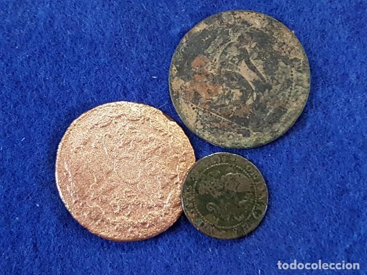 Monedas de España: Lote de 3 piezas: 8 Maravedis, Carlos III, 1781 Segovia - 1 y 5 centimos, 1ª Republica, 1870 - Foto 2 - 67514313