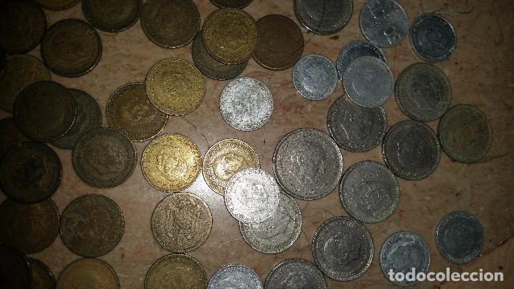 Monedas de España: LOTAZO UNAS 120 MONEDAS DE FRANCO AÑOS COMPRENDIDOS ENTRE 1947 A 1966 - Foto 4 - 86658716