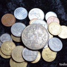 Monedas de España: BONITO Y INTERESANTE LOTE DE MONEDAS MUNDIALES. Lote 96183439