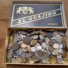 Monedas de España: 1- CAJA CON MONEDAS. A CLASIFICAR. CASI DOS KILOS.. Lote 121348448