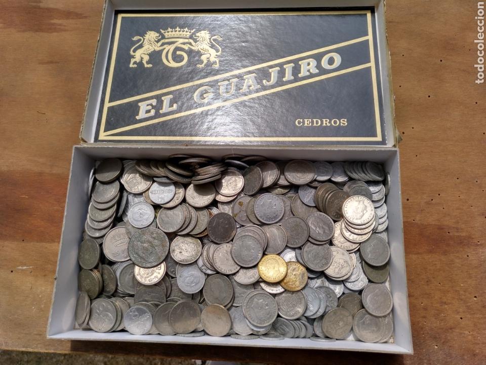 Monedas de España: 2- Caja con monedas. A clasificar. Casi dos kilos. - Foto 2 - 121349383