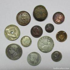 Monedas de España: CONJUNTO DE 12 MONEDAS ESPAÑOLAS ANTIGUAS, PLOMO MONETIFORME Y FANTASIA O MEDALLA. LOTE 1264. Lote 136670422