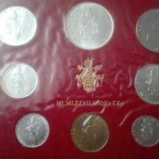 Monedas de España: CARTERITA DEL VATICANO AÑO 1977 BRILLO ESPEJO Y RELIEVE MATEADO. Lote 146330274