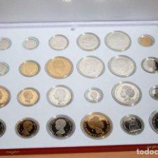 Monedas de España: HISTORIA DE LA PESETA. 24 REPLICAS EN PLATA DE 925 ML. 7 BAÑADAS EN ORO DE 24 KT (PLATA VERMEIL). Lote 153716158