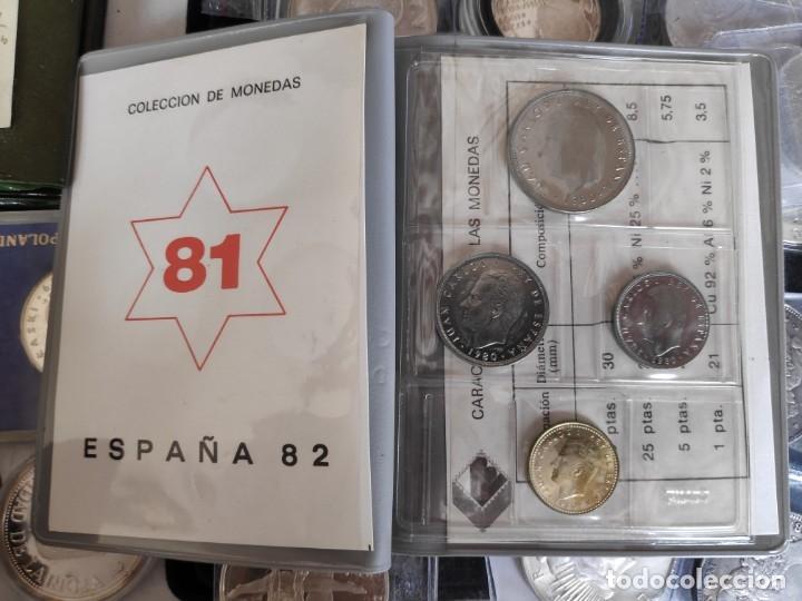 CARTERA COMPLETA ANUAL 1981 ESPAÑA SERIE NUMISMATICA MUNDIAL 82' ( AÑO 1980 ESTRELLAS *81*) (Numismática - España Modernas y Contemporáneas - Colecciones y Lotes de conjunto)