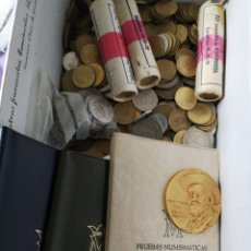 Monedas de España: LOTE DE MONEDAS ESPAÑOLAS MEDALLA JOSEP MARIA SER 3 ROYOS DE MONEDAS 3 CARTERA NUIMASTICA. Lote 177140013