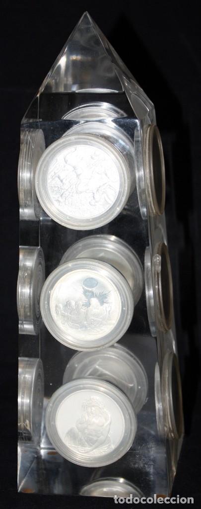 Monedas de España: COLECCION DE 12 MEDALLAS EN PLATA DE 999 M. DE ALBERTO DURERO CON SU EXPOSITOR DE METACRILATO - Foto 3 - 178863717