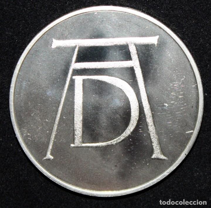 Monedas de España: COLECCION DE 12 MEDALLAS EN PLATA DE 999 M. DE ALBERTO DURERO CON SU EXPOSITOR DE METACRILATO - Foto 10 - 178863717