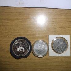 Monedas de España: LOTE TRES MONEDAS DE PLATA ESPAÑOLAS. Lote 179180367