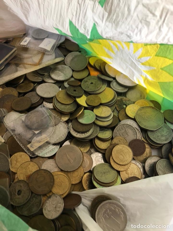 Monedas de España: Lote de algo más de tres kilos de chatarra por clasificar - Foto 3 - 182585037
