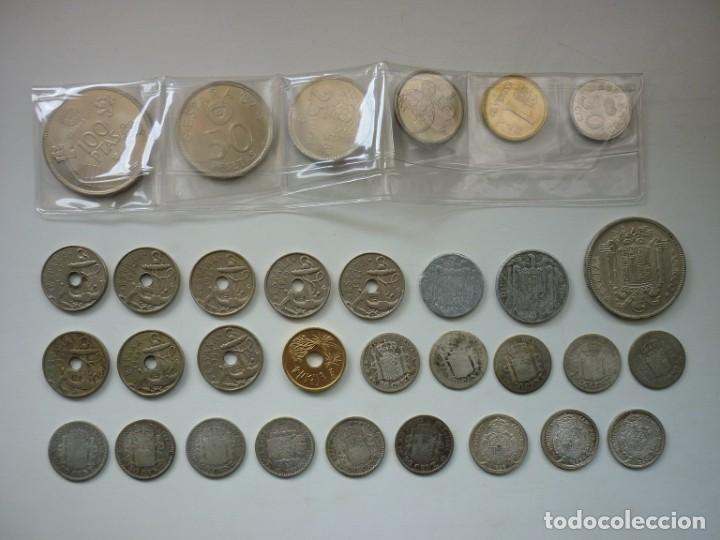 Monedas de España: Pequeña colección de monedas españolas, que data de 1880 a 1980. - Foto 2 - 194203467