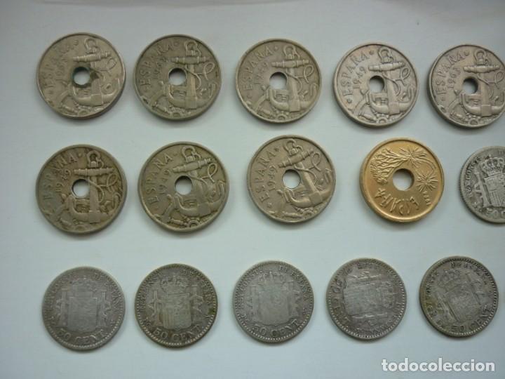 Monedas de España: Pequeña colección de monedas españolas, que data de 1880 a 1980. - Foto 3 - 194203467