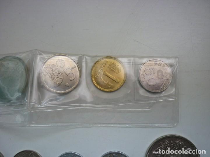 Monedas de España: Pequeña colección de monedas españolas, que data de 1880 a 1980. - Foto 5 - 194203467